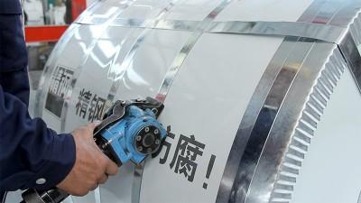 精钢新型屋面覆膜瓦,是化工厂不二之选